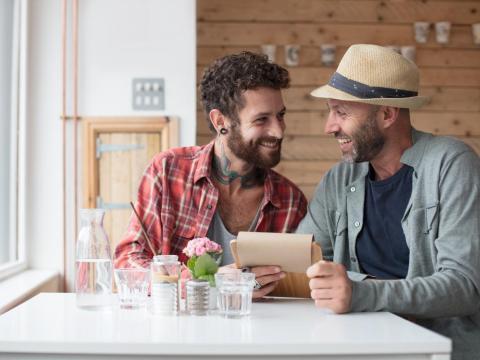 Las parejas sólidas son abiertas y honestas entre sí.