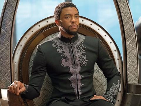 Chadwick Boseman como T'Challa, el héroe de Pantera Negra.