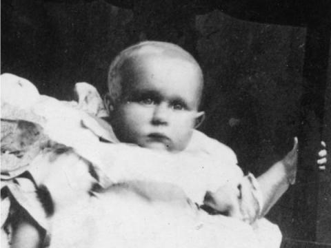 Sidney Goodwin de 19 meses.