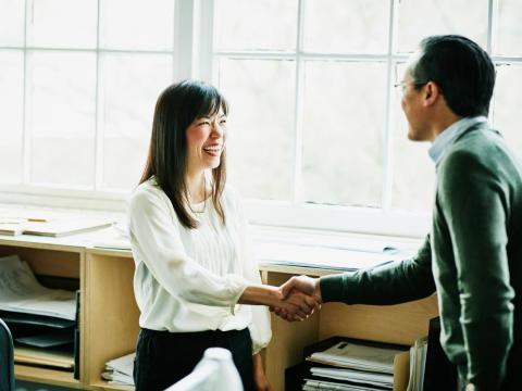 Un buen empresario busca los comentarios de los clientes.