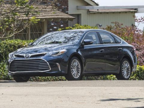 2017 Toyota Avalon LTD.