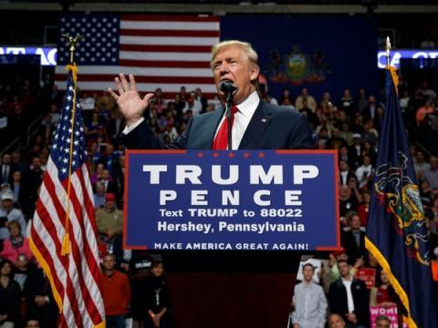 Antes de ser elegido, Trump gastó 66 millones de dólares de su propio dinero en su campaña electoral, según los datos financieros publicados por Reuters.