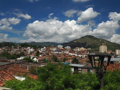 Vista sobre Cali, Colombia.