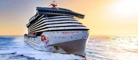 El crucero Scarlet Lady entrará en operación el 1 de abril en EEUU.