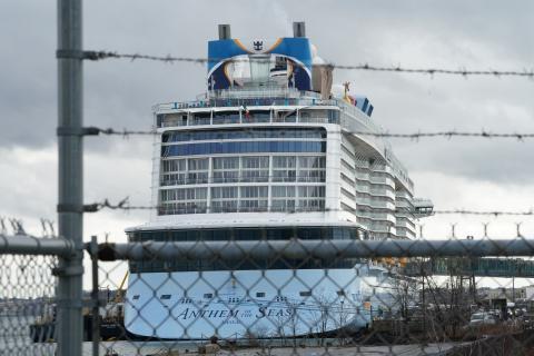 Uno de los cruceros de Royal Caribbean cancelados por el brote del coronavirus