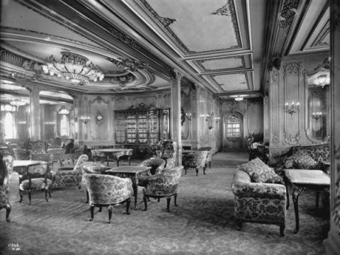 El salón de primera clase del Titanic