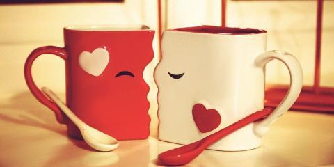 Juego de tazas de besos para parejas
