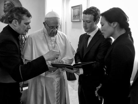 Mark Zuckerberg y Priscilla Chan en el Vaticano