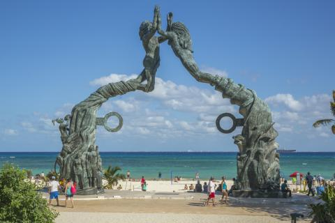 Parque Los Fundadores, en Playa del Carmen, México.