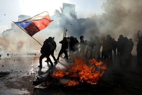 Protesta contra el gobierno de Chile en Santiago.