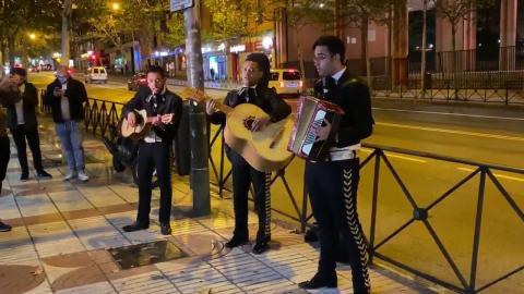 Tres mariachis contratados por Forocoches (ii)