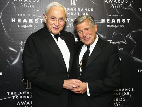 Les Wexner y Ed Razek, fotografiados en un evento en Nueva York en 2016.
