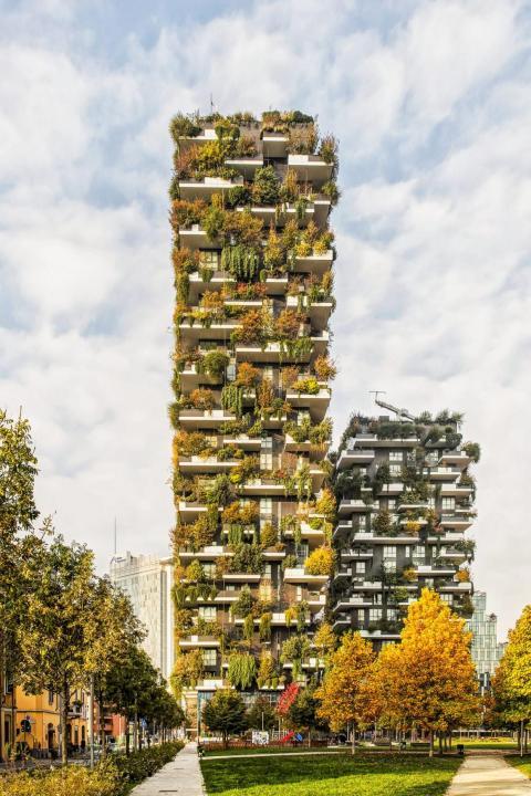 'Bosco Verticale' es un edificio forestal en Milán, Italia, diseñado por Studio Boeri.