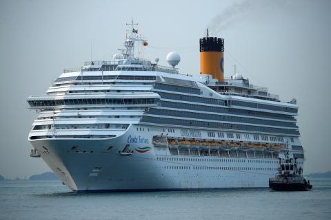 Un barco de Costa Cruceros.