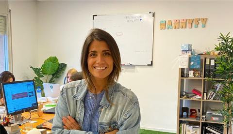 La CEO de Nannyfy, Claudia de la Riva.