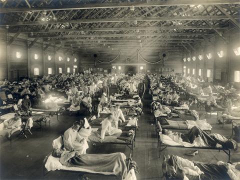 Camp Funston, en Fort Riley, Kansas, durante la pandemia de gripe española de 1918.