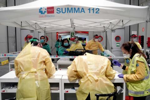 Médicos en el hospital de campaña de Ifema
