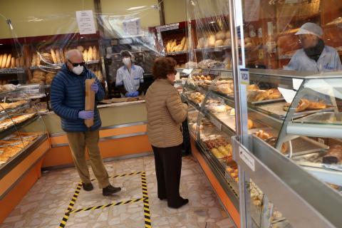Una panadería abierta durante el confinamiento del coronavirus