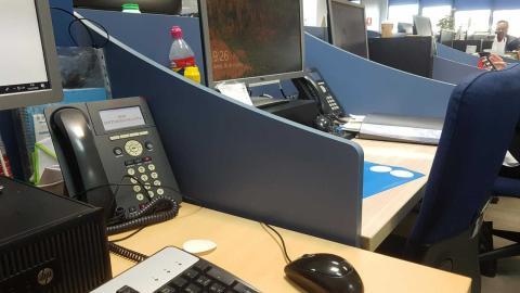 Esta es la distancia que hay entre 2 trabajadores de un call-center