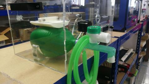 Respirador creado por Reesistencia.