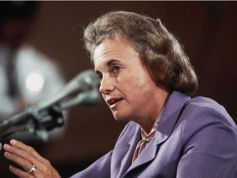 Sandra Day O'Connor ante el Comité Judicial del Senado.