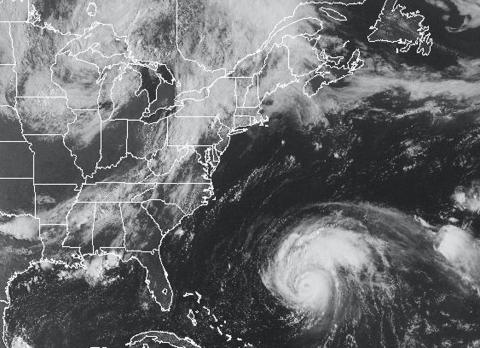 Huracán agitado en las aguas cerca del Triángulo de las Bermudas.