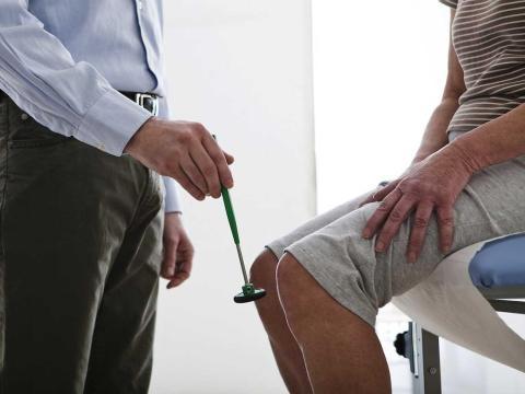 Se gastan muchos días de vacaciones en ir al médico.