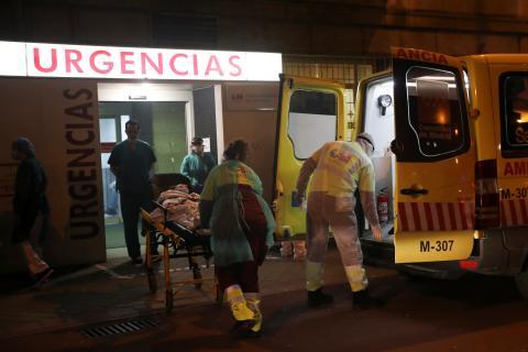 Trabajadores del Hospital de La Princesa (Madrid), durante la crisis del coronavirus.