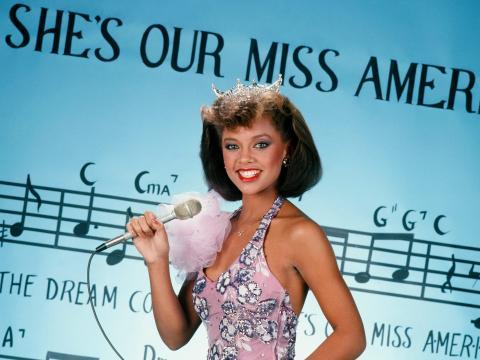 Miss Nueva York y Miss América Vanessa Williams en 1984.
