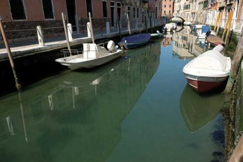 Es probable que el sedimento se haya asentado en los canales.