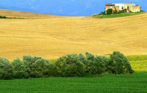 La vista de una campiña italiana en Bagno Vignoni, cerca de Siena, en el centro de Italia.