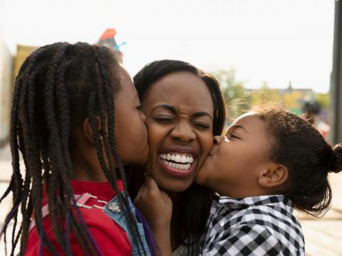 Tienes un lugar especial en tu corazón para los amigos de tus hijos.