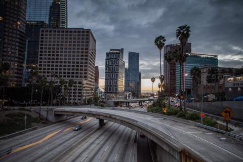 La autopista 110 en el centro de Los Ángeles, California, el 15 de marzo de 2020.