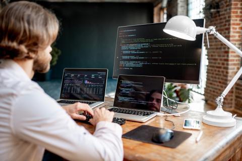 8 lenguajes de programación para aprender a programar desde cero