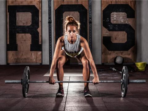 Mito: El entrenamiento con pesas es para hombres.