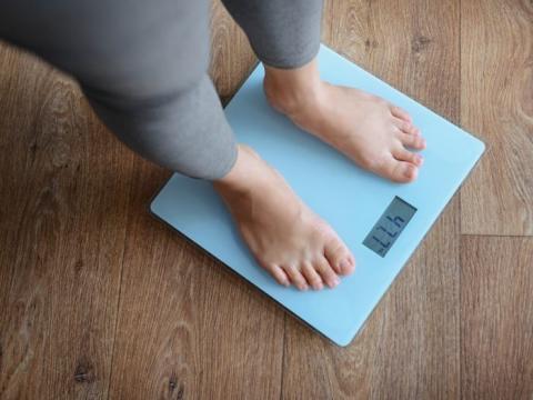 Mito: el metabolismo lento es la razón principal por la que aumentas de peso a medida que envejeces.