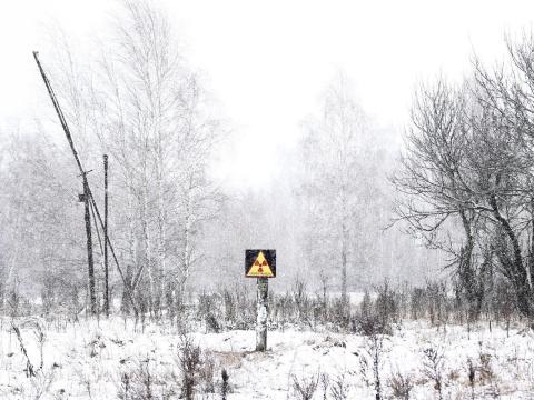 Señal de radiación en la zona de exclusión en 2016.