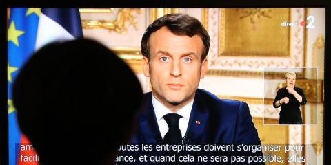 Emmanuel Macron, presidente de la República Francesa, anunciando nuevas medidas para luchar contra la propagación del coronavirus, el pasado 16 de marzo.