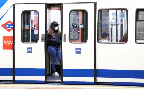 Uso de mascarillas en el metro