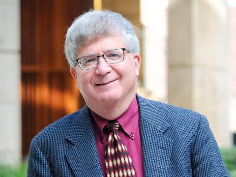Profesor y Director del Centro de Derecho Constitucional, Facultad de Derecho de Stanford.