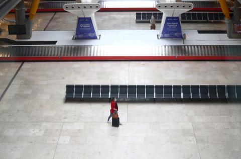 Aeropuerto de Barajas vacío por el coronavirus