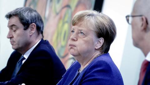 La canciller alemana, Angela Merkel, junto al primer ministro de Baviera, Markus Soeder