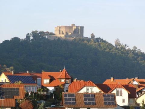 La historia del castillo de Hambach se remonta al siglo IV.