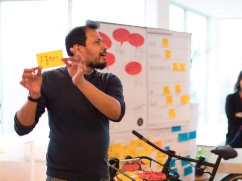 Día 2: Aprende qué rasgos y comportamientos hacen que los otros gerentes de la empresa sobresalgan.