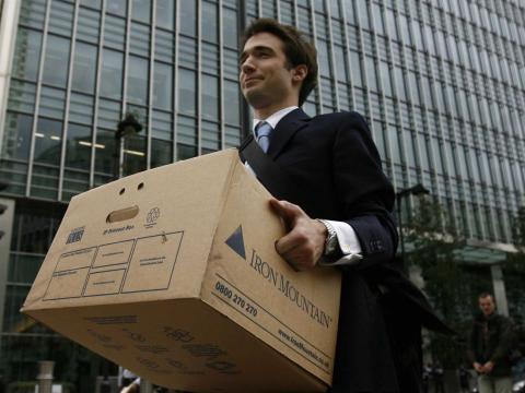 Día 29: Si un empleado no termina de encajar en tu equipo en un plazo de 6 meses, déjalo irse.