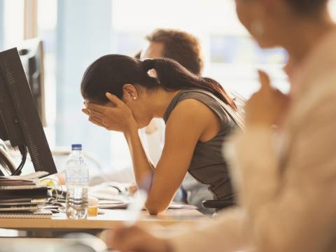 Los errores en el trabajo pueden generar ansiedad.
