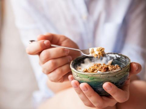 El yogur griego es un sustituto común.