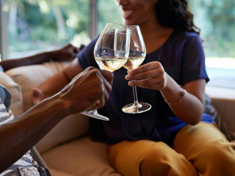 Puedes degustar vino en casa.
