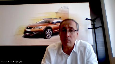 Mikel Palomera, director general de Seat España, en un momento de la entrevista realizada por videoconferencia