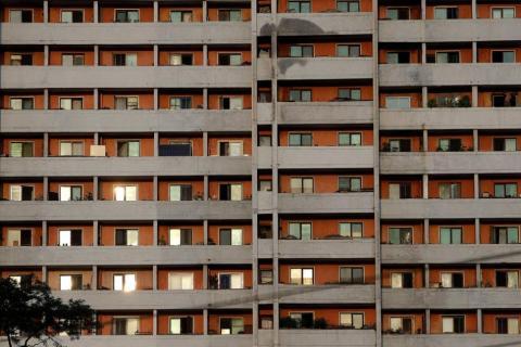 Un bloque de viviendas de Pyongyang.